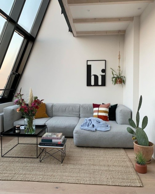 Lovely Attic Apartments Design Ideas With Shabby Chic Styles 35