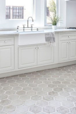 Lovely Floor Kitchen Tile Design Ideas That Make You Amazed 17