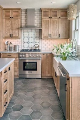 Lovely Floor Kitchen Tile Design Ideas That Make You Amazed 18