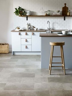 Lovely Floor Kitchen Tile Design Ideas That Make You Amazed 27