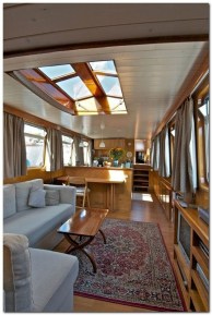 Magnificient Houseboat Design Ideas With Imaginative Dream 12