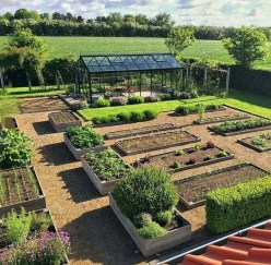 Rustic Vegetable Garden Design Ideas For Your Backyard Inspiration 13