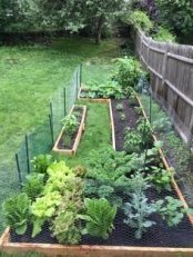 Rustic Vegetable Garden Design Ideas For Your Backyard Inspiration 21