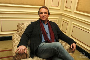 WebTribune publishes their interview with former CIA agent Robert Baer