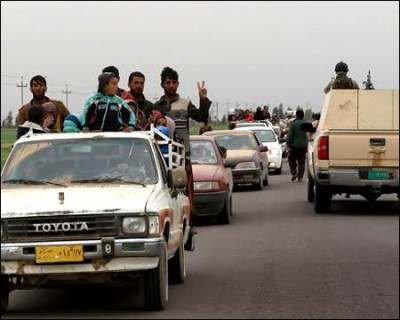 Thousands-of-Iraqis-flee-fighting-south-of-Mosul-Mar-26-2016-afp