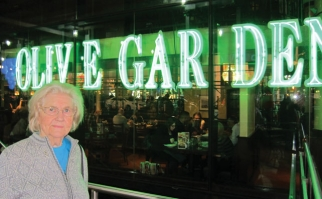 Marilyn Hagerty's Olive Garden review caused a viral stir.
