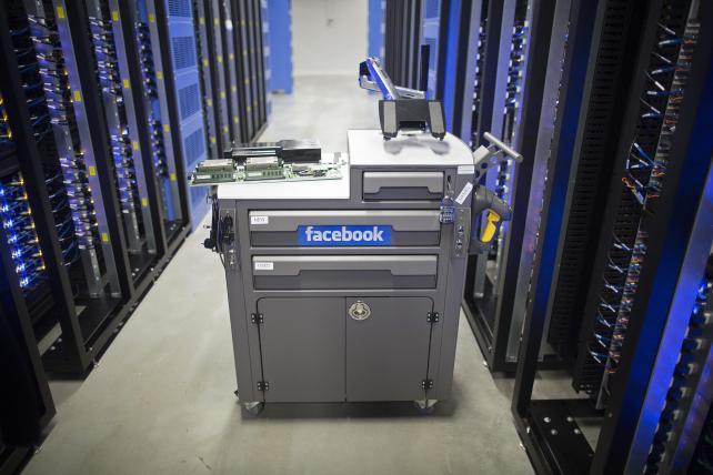 Facebook photo-scanning suit is multibillion-dollar threat ...