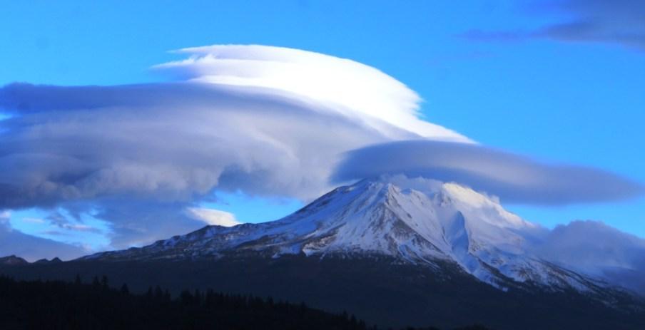 45 doc. Mt. Shasta, 12-8-2014 600