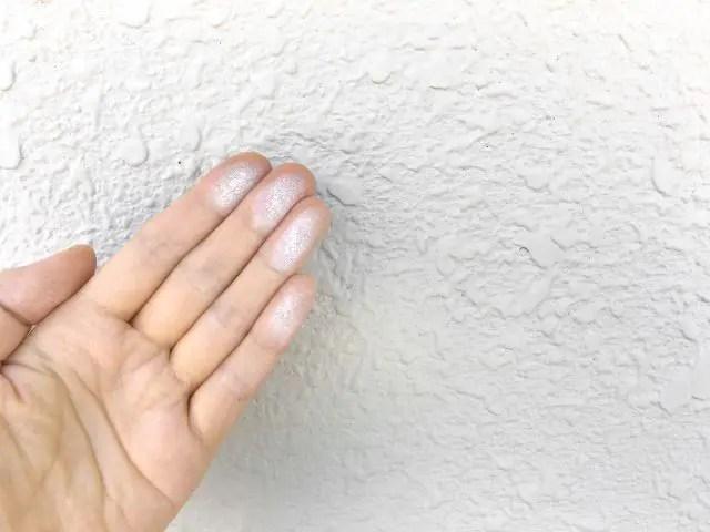 外壁塗装のチョーキング現象とは!?放置しておくとどうなるの?