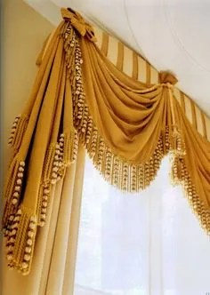 window treatments in the 1970s