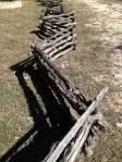 Crosswise (zig-zag) fence