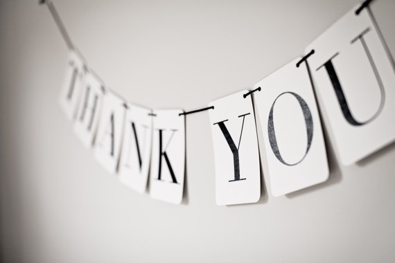 Thank-You-Wedding-Bunting-Banner-Photo-Booth-Props-Garland-DIY-Handmade-wedding-decorations-570x380