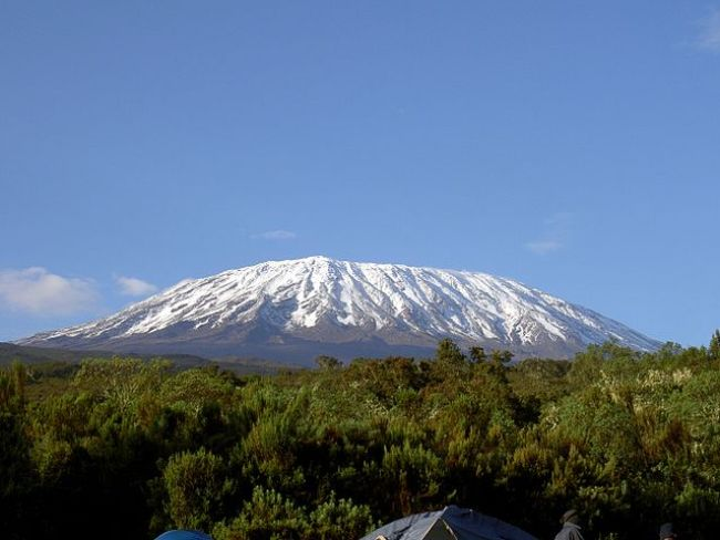 640px-Mt._Kilimanjaro_12.2006