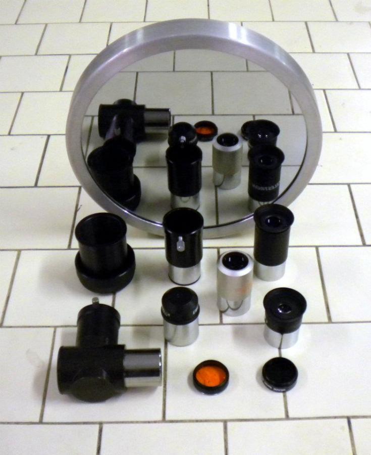 Gli oculari, i filtri e gli accessori in dotazione a GAK