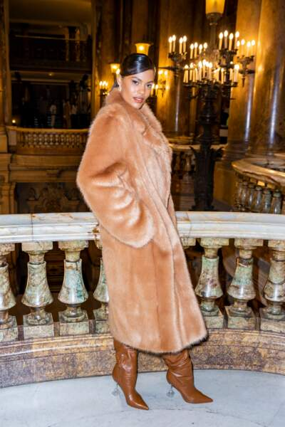 Pour l'occasion, Tina Kunakey arborait un total look camel