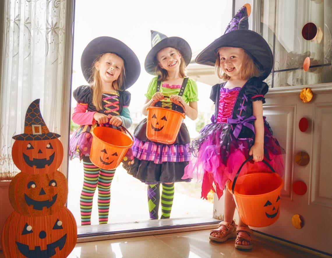 petrecere de Halloween cu Novakid