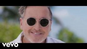 Ricardo Montaner ft. Farruko – Vasito de Agua (Official Video)