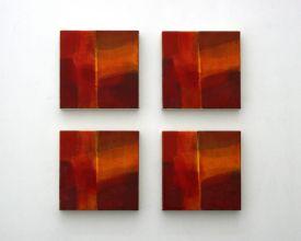 Cuadros iguales, 2016. Serie de 4 unidades. Técnica mixta sobre loneta montada en DM macizo. 18 x 18 x 3 cm