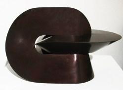 Sebastian, Simetría V, 2014, bronce patinado, 22 x 35 x 22 cm