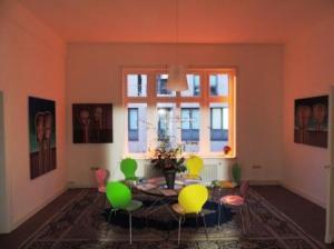 Galerie-Besucherforum_ErdwaechterEarth_Guardians_des_Visual_Artists_J.H.Block_in_der_Galerie-an-der-Ruhr_Foto_by_Ivo_Franz