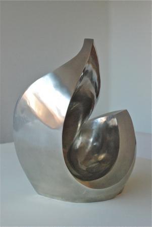 Nathalie MIQUEL AUBERT - Barcelona bronze blanc 35x35x40 cms
