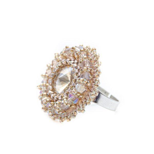 nastavljiv prstan iz perlic v barvi šampanjca