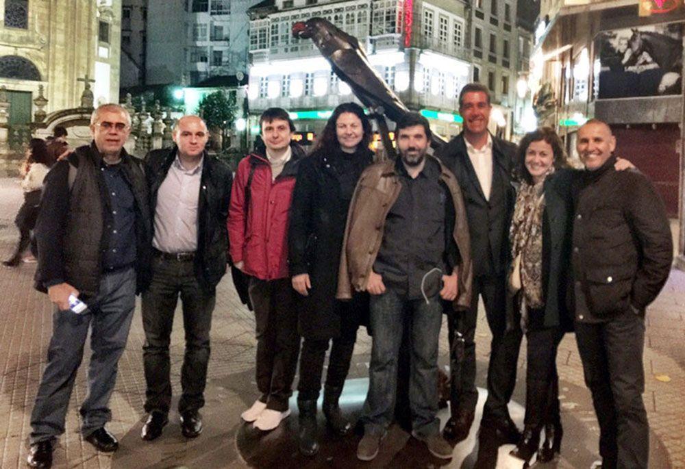 Con parte de los ponentes de #Unirede 2015: Alfredo, Damián, Christian, Erika, Fidel, Roberto y Juanjo