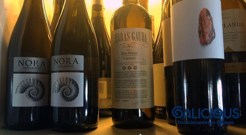 Bodega vinos blancos ( Restaurant Miramar )