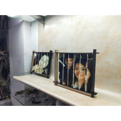 3D Dual Picture Frame