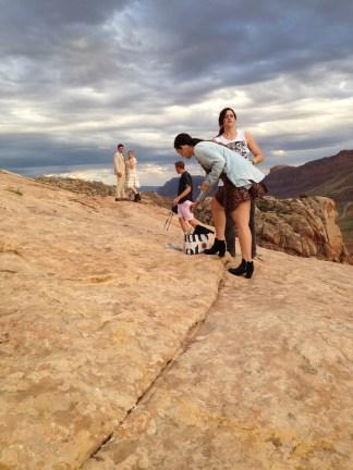 """תמונות שאחותי צילמה בפארק לאומי ארצ'ס / ארה""""ב"""