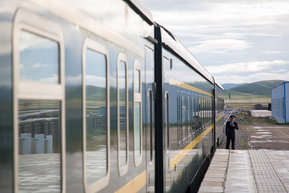 Tibet-By-Train-Xining-to-Lhasa-1