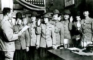 Women Marines being sworn in during World War I