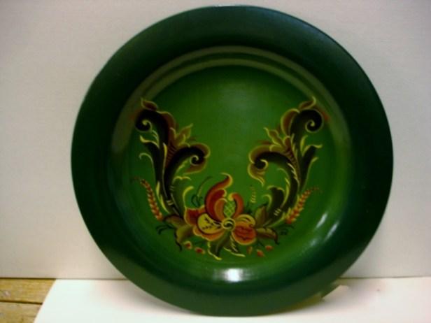 Grøn almue malet fad