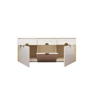 Willy Rizzo, Credenza bianca, prod. Sabot, 1972, cm 177x48x75h, Legno laminato e ottone