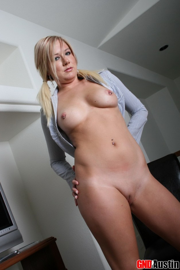 Perfect perky blonde Austin strips naked for her boss at the office