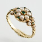 Emerald Pearl Poison Ring