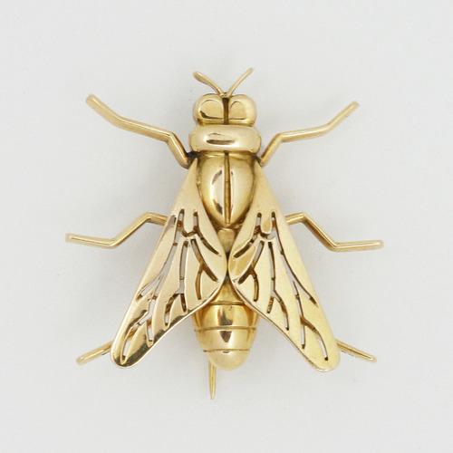 BEE ゴールドブローチ