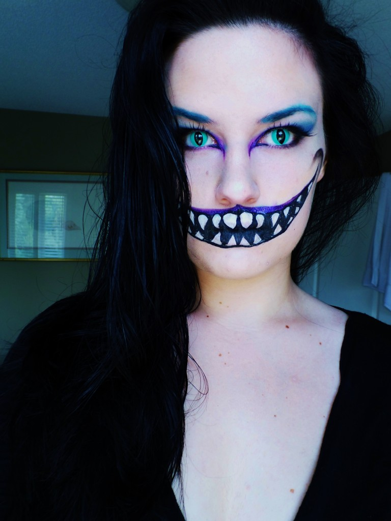 Cheshire Cat Inspired Look Halloween Costume Ideas