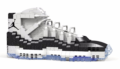 "Air Jordan XI ""Concord"" in LEGO"