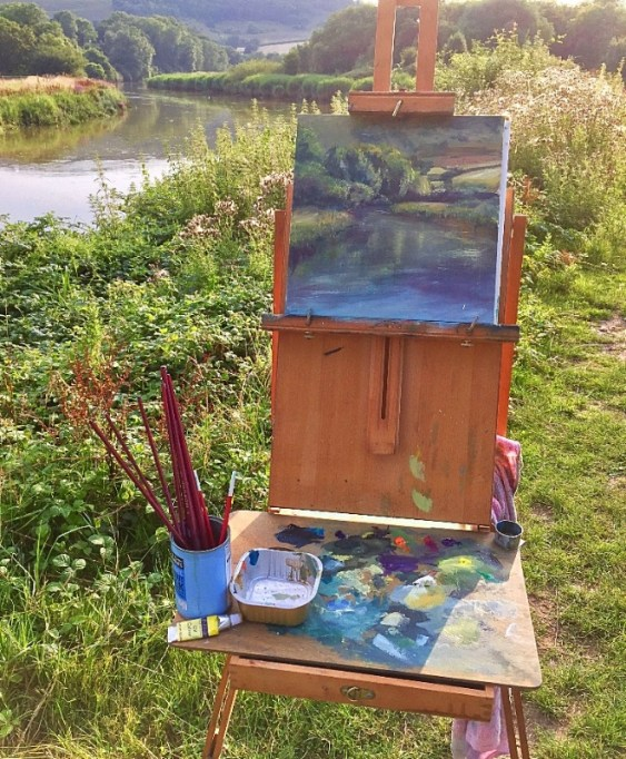 Sarah Jane Brown painting in Sussex. The River Arun.