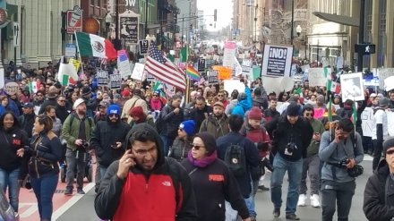 Day without immigrants floods Loop