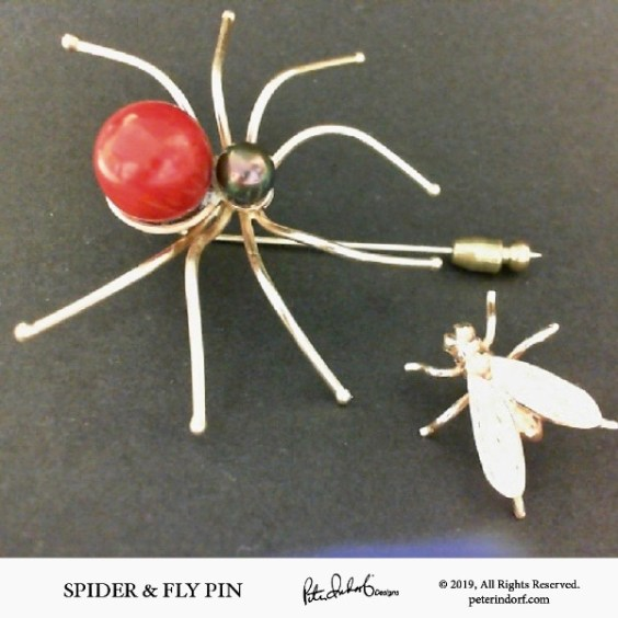 14KYG Spider & Fly Pin set with red coral and black pearl.