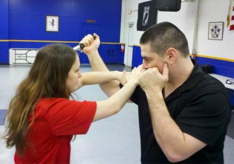 Live Safe Academy's Ian Kinder teaching women's self defense
