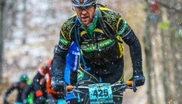 Team Hometown Bicycles racing mountain bikes
