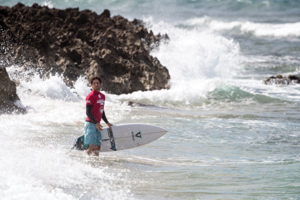 02e06bc456 Cam Richards (USA) was among the International QS Top 10 in the beginning  of 2017 and looks to gain momentum in Hawaii after an impressive feat on  opening ...
