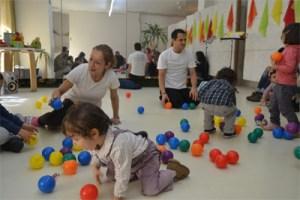 """""""Música no ar!"""" – Concertos para Famílias com Bebés"""