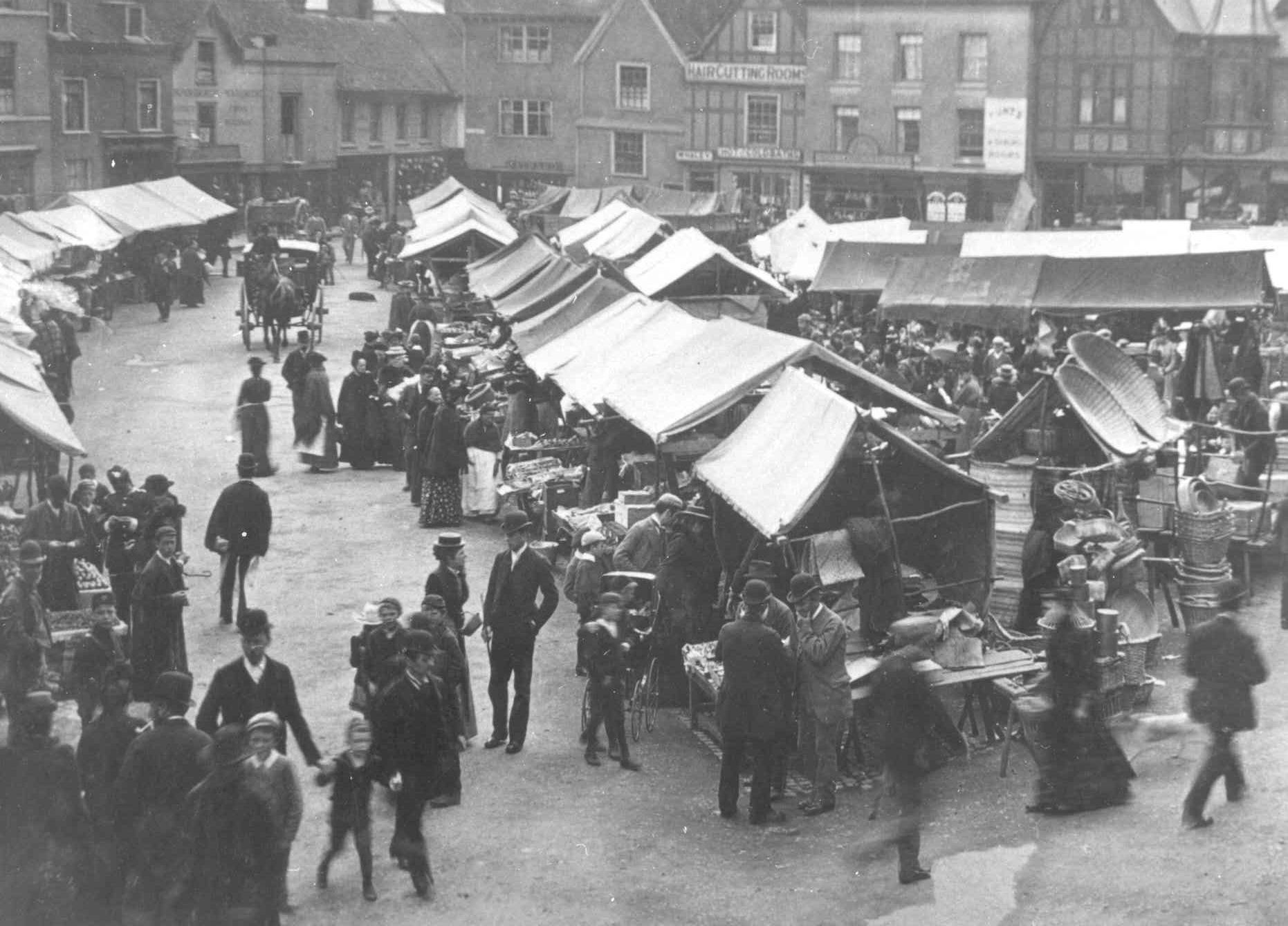 Images of Hitchin Market Place as it was in Victorian times (1837-1901)