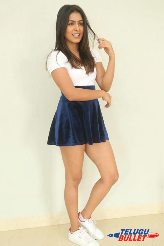 Actress Samyuktha Latest Photos