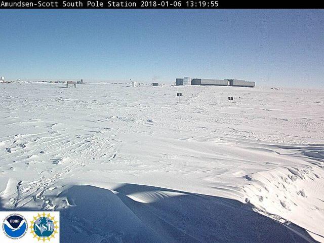 Amundsen-Scott South Pole Station live shot