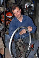 Aleppo's best bike mechanic